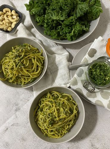 kale-and-cashew-pesto